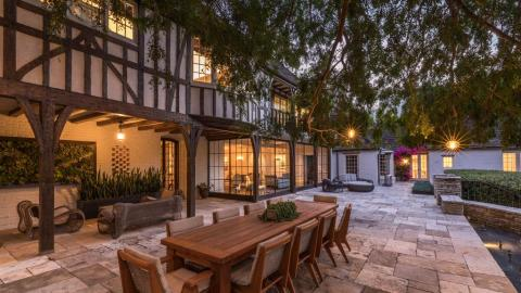 Brad Pitt and Jennifer Aniston's LA newlywed mansion up for sale Georgia